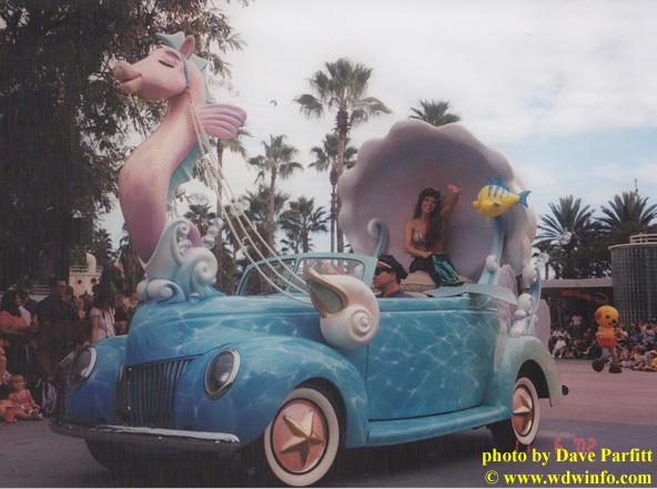 Ariel parade car