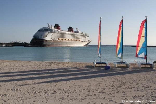 Disney_Dream_Cruise_Ship_004
