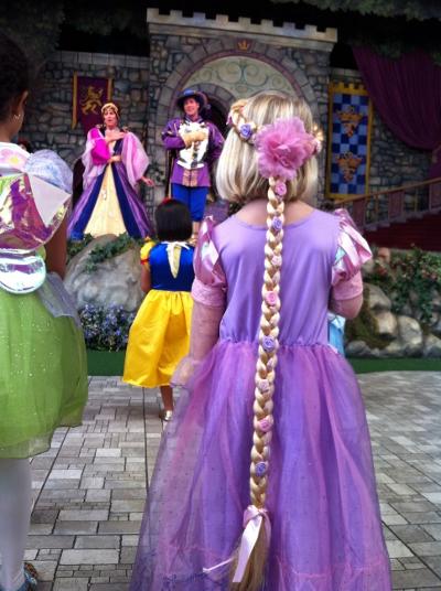 DL Princess Fantasy Faire The Pledge