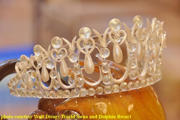 Royal_Tiara_Sugar_Sculpture