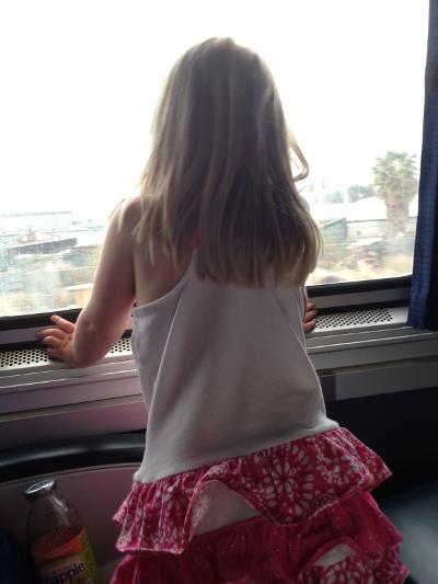 DL No Car Happy Child on Amtrak