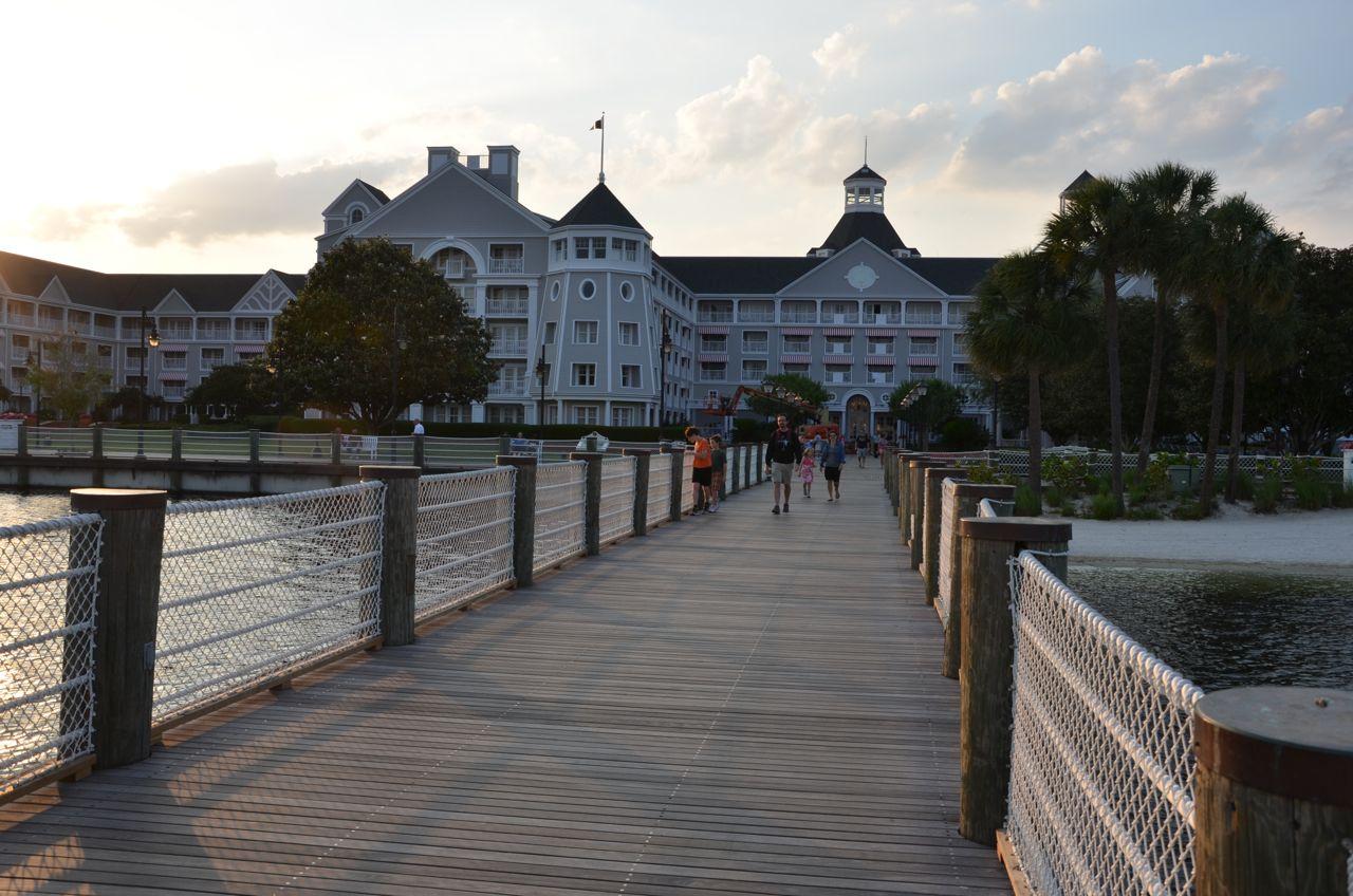 Review:  Disney's Yacht Club Resort