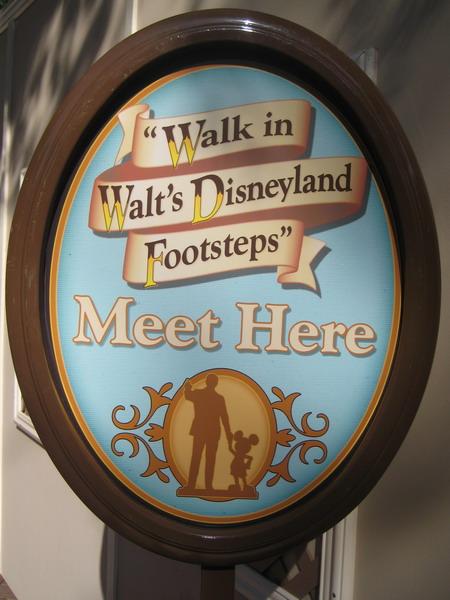 Disneyland_WaltsFootsteps__sign